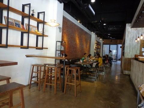 結合工業風的咖啡館,mars睦工場